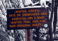 winter_trail_sign